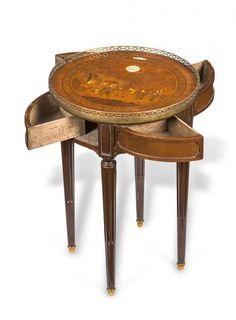 Petit guéridon, fin d'époque Louis XVI, en acajou et marqueterie à décor [...], Collection de Molly de Balkany (Prangins) à Piguet Hôtel des Ventes | Auction.fr