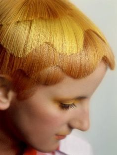 This can't be her real hair. Cool pin NeWaYZ ;)
