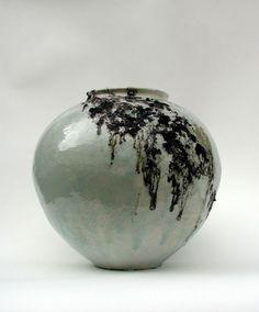 akikohirai - moon with Wisteria