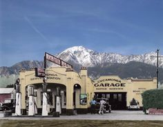Cucamonga Service Station and Garage on Route 66 in Rancho Cucamonga, Ca. Old Gas Pumps, Vintage Gas Pumps, Vintage Auto, Vintage Tools, Vintage Signs, Vintage Cars, Vintage Style, Big Sur, Pictures Of Gases