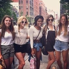 Eleanor calder One Direction Girlfriends, The Girlfriends, Eleanor Calder, Sweet Lady, Kangaroos, Best Model, Dungarees, Her Style, Boy Bands