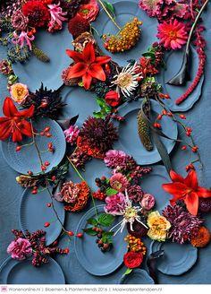 62 Trendy garden wedding reception home Garden Inspiration, Color Inspiration, Pantone, Color Trends 2018, Gifts Love, Modern Colors, Pretty Flowers, Garden Wedding, Color Mixing