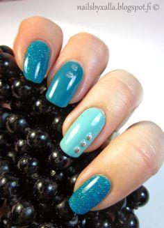 Picture Polish Lagoon, China Glaze For Audrey, Kiko 387, Isadora Turquoise Crush, studs, skittlette