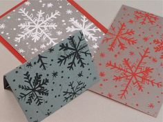 Scratch Foam makes it possible for kids to learn about printmaking in a fun and easy way. Turning the prints into cardsallows them to showcase the cool results, and learning about snowflakesis a ...