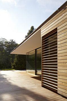 wood slat / Maison Haus Hainbach - MOOSMANN Architects - Vienna, Austria - 2012 http://www.architekt-moosmann.com/