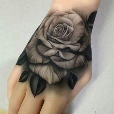 Tatuaje De Rosas Mano Flores Tattos Tattoos Hand Tattoos Y