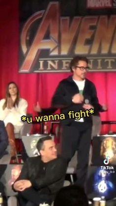 Marvel Avengers Movies, Avengers Cast, Avengers Memes, Marvel Actors, Disney Marvel, Marvel Dc, Marvel Quotes, Funny Marvel Memes, Dc Memes