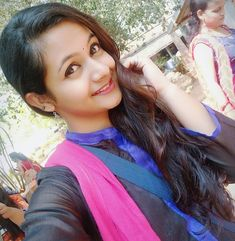 Image may contain: 1 person, closeup and outdoor Desi Girl Image, Beautiful Girl Image, Beautiful Blonde Girl, Beautiful Girl Photo, Cute Beauty, Beauty Full Girl, College Girl Image, Girl Number For Friendship, Massage Girl