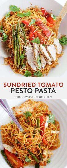 Sundried Tomato Pesto Pasta // The Bewitchin Kitchen