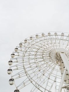 aesthetic Photo (Death by Elocution) You loved Ferris wheels more than roller coasters because sometimes life wasn& about enjoying the thrill, instead enjoying the anticipation and appreciation. Aesthetic Colors, Aesthetic Pictures, Photo Wall Collage, Picture Wall, Death By Elocution, Theme Color, Foto Poster, Black And White Aesthetic, White Walls
