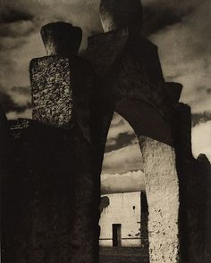 Paul Strand, Gateway, Hidalgo, Mexico, 1933