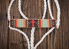 (Busted K) Halters Beaded Mule Tape Halter www. Horse Gear, My Horse, Bronc Halter, Motifs Aztèques, Barrel Racing Tack, Horse Halters, Horse Saddles, Tack Sets, Western Horse Tack