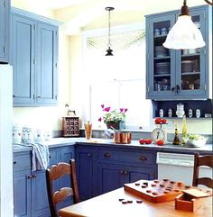 Home Design and Interior Design Gallery of Awesome Blue Kitchen Cabinets Types Of Kitchen Cabinets, Blue Cabinets, Kitchen Cabinet Colors, Kitchen Colors, Inset Cabinets, Bathroom Cupboards, Shaker Cabinets, Kitchen Cabinetry, Country Kitchen