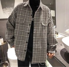 [Men] Thick Plaid Pattern Oversized Shirt – Outfit Looks Indie Outfits, Retro Outfits, Vintage Outfits, Casual Outfits, Oversized Shirt Outfit, Checkered Shirt Outfit, Oversized Clothing, Flannel Shirt Outfit, Plaid Shirts