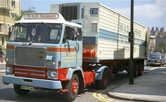 Old Lorries, Volvo Trucks, Classic Trucks, The Good Old Days, Rigs, Euro, Diesel, The Unit, French