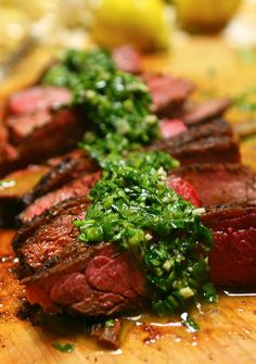 Chimichurri Sauce - Serve over flank steak or any protein. Can make salad dressing by adding more oil and vinegar. On the menu for tonight! (with Asparagus & Mushrooms in a Red Wine Reduction) How To Make Chimichurri, Steak With Chimichurri Sauce, I Love Food, Good Food, Yummy Food, Awesome Food, Healthy Food, Grilling Recipes, Paleo Recipes