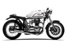 a 744 cc Triumph Original Cafe Racer: Adam Grice's killer Triton British Motorcycles, Racing Motorcycles, Vintage Motorcycles, Custom Motorcycles, Custom Bikes, Brat Cafe, Moto Cafe, Cafe Bike, Norton Motorcycle