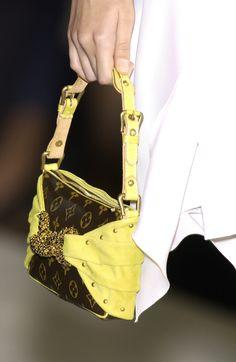 708996269970 56259  Louis Vuitton Violette Monogram Vernis Leather 2 on