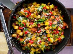 Ratatouille Happy Foods, What To Cook, Kung Pao Chicken, Ratatouille, Paella, Vegan Vegetarian, Dairy Free, Side Dishes, Good Food