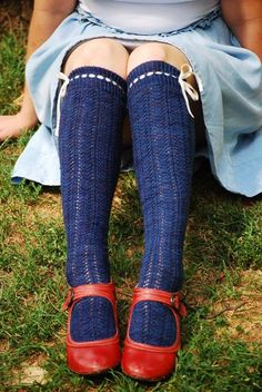 Perambulation kneehighs from Knitting Cycle Style.