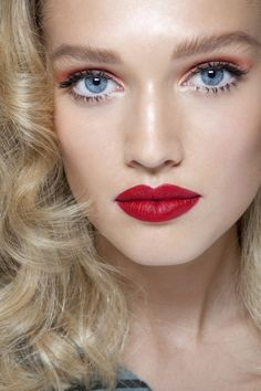 .love her red lips.