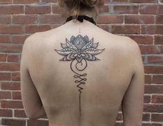 Significado del tatuaje Unalome - descúbrelo aquí