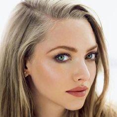 braut make up selber machen amanda seyfried braune lippen dezent augen schminken rouge highlighter