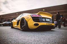 Liberty Walk Audi R8
