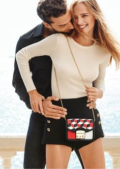 God Save the Queen and all: Furla Spring/Summer 2016 #furla #bag #ss16 #campaign
