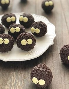 Sweet Cakes, Cute Cakes, Cute Desserts, Dessert Recipes, Homemade Desserts, Cute Baking, Cafe Food, Food Humor, Christmas Baking