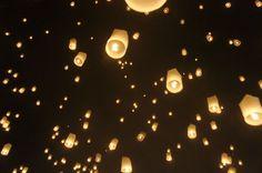 一生に一度は訪れたい!幻想的なチェンマイの「イーペン祭り」 | タイ | Travel.jp[たびねす]