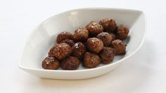This classic recipe for Swedish meatballs guarantees the perfect taste – if you add lingonberries! From Sweden, with meatball love.