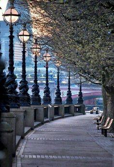 The Queen's Walk London England