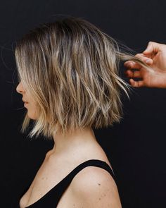 80 Best Bob Haircut Pictures in 2018 – 2019 Bob Haircut With Layers – Farbige Haare Bob Style Haircuts, Choppy Bob Haircuts, Best Bob Haircuts, Layered Bob Hairstyles, Hairstyles Haircuts, Straight Hairstyles, Haircut Bob, Haircut Layers, Thick Bob Haircut