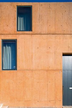Z House, Palmela, 2014 - PARATELIER #concrete #facade #windows