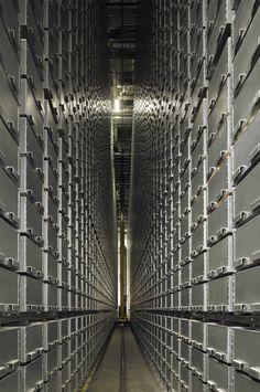 Mansueto Library, University of. Chicago