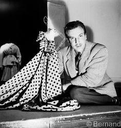 Jacques Fath ~ - Head to Toe Fashion Art 1940s Fashion, Paris Fashion, Fashion Dolls, Fashion Art, Vintage Fashion, Classic Fashion, Petite Fashion, Jacques Fath, Mini Toile