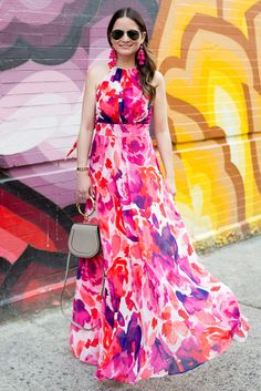 Jennifer Lake Style Charade in an Eliza J pink floral maxi dress, Chloe Nile bracelet bag at a Nolita multicolor floral street art mural Casual Dresses, Fashion Dresses, Summer Dresses, Casual Wear, Summer Outfits, Prom Dresses, Long Skirt Top Designs, Pink Floral Maxi Dress, Chiffon Dress