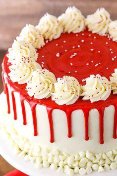Red Velvet Cake Rezept, Red Velvet Cheesecake Cake, Best Red Velvet Cake, Cheesecake Pops, Red Velvet Birthday Cake, Red Cake, Raspberry Cheesecake, Pumpkin Cheesecake, Red Velvet Cakes