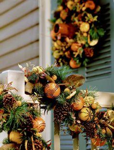 Williamsburg Christmas so beautiful.  Williamsburg/Colonial Christmas