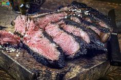 La bistecca alla fiorentina piatto simbolo della cucina Toscana ma anche nazionale