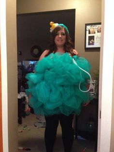 made my sisters hallowwen costume. A giant Luffa! it was super easy and lots of fun :)