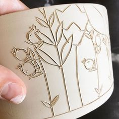 Carving into leather hard pots is such a satisfying step in the process. I also love that each drawing is just a little different. Ceramic Birds, Ceramic Clay, Ceramic Pottery, Ceramic Techniques, Pottery Techniques, Ceramics Projects, Clay Projects, Advanced Ceramics, Hand Thrown Pottery