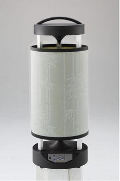 和風機とは・・・。和風機は「日本の家電に日本の良き文化や技術を採り入れて家電を持つ喜び、使う愉しみで人の笑顔を増やしたい」という和家電プロジェクトから生まれたオリジナル家電第1弾商品です。高級扇風機(高級家電)としての側面も持っています。 Kitchen Appliances, Diy Kitchen Appliances, Home Appliances, Kitchen Gadgets