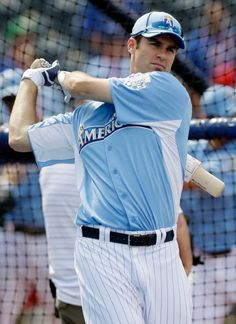 #Twins C Joe Mauer made a surprise appearance at 1st base for the American League and even produced a late game single. Those were about the only bright spots as the AL lost 8-0.