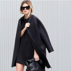 MINIMAL + CLASSIC: sophisticated all black