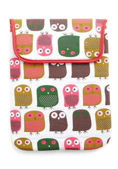 """This is actually an iPad cover, but I love the design as a """"kid"""" fabric. Cute Ipad Cases, Little Owl, Ipad Sleeve, Indie Outfits, Home Gifts, House Warming, Retro Vintage, Vintage Outfits, Crafty"""