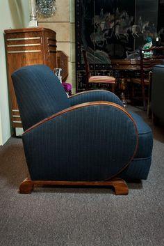 30 Top Antique Art Deco Lounge Chair Designs For Home Furniture Art Deco Chair, Art Deco Furniture, Unique Furniture, Furniture Design, Vintage Furniture, Plywood Furniture, Art Deco Home, Art Deco Era, Art Nouveau