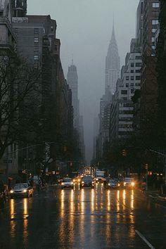 New York City, Manhattan, Lexington Avenue,  in dense fog at night  ~ New York City, Manhattan, Lexington Avenue, sűrű ködben éjszaka