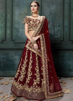 Buy a wide range of designer lehenga choli. Order this peppy faux georgette embroidered, lace and resham work hot pink and purple long choli lehenga. Long Choli Lehenga, Raw Silk Lehenga, Bridal Lehenga Choli, Silk Sarees, Banarasi Sarees, Half And Half, Designer Anarkali Dresses, Designer Sarees, Designer Wear